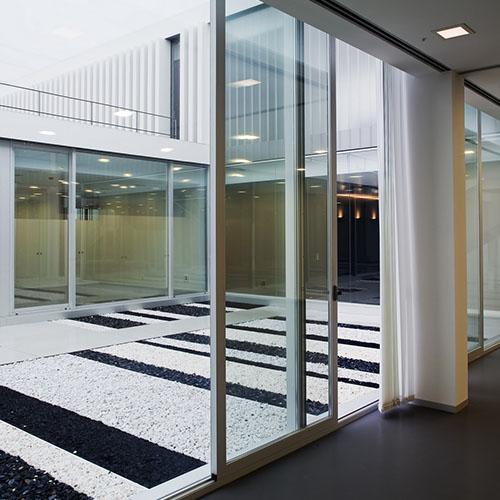 Puertas correderas aluminio exterior cheap ventanas y for Puerta corredera aluminio exterior
